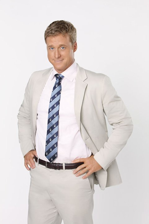 Alan Tudyk stars as Noah Lerner in &quot;Suburgatory.&quot; 