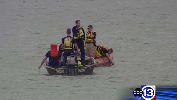 Authorities searching for kayaker reported missing