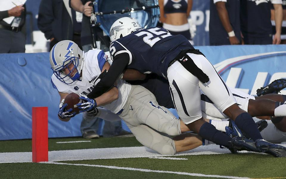 Nevada scores late to edge Air Force 45-42