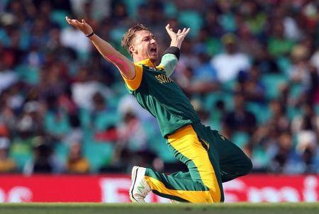 South Africa's Dale Steyne reacts during the Cricket World Cup quarter-final match against Sri Lanka at the SCG