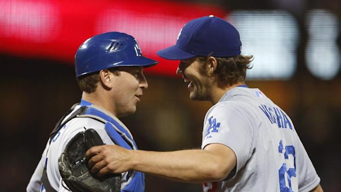 Kershaw throws 2-hitter as Dodgers beat Giants 5-0