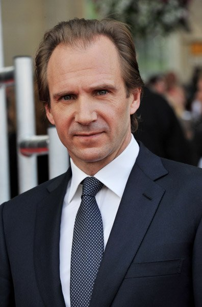 Fiennes---Jon-furniss