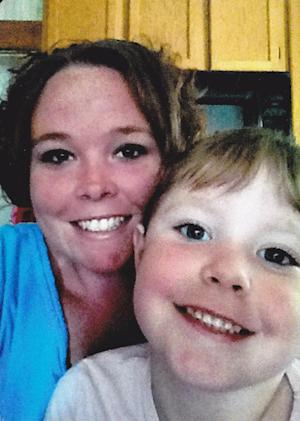 In this undated photo released by Chariton County Sheriff's office, Rachel Koechner and her 4-year-old daughter Zoee Sandner are shown. The central Missouri woman who has been missing with her daughter for four days called her boyfriend from a suburban Kansas City motel but was gone when police arrived to check on her. Authorities say they're believed to be with Koechner's former husband and are considered endangered because of previous domestic violence incidents. (AP Photo/Chariton County Sheriff's Office)