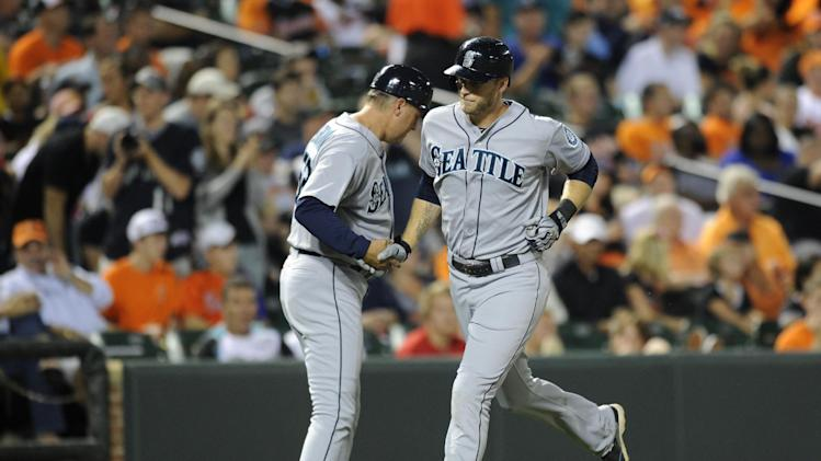 Saunders hits 2 HRs as Mariners beat Orioles 8-4