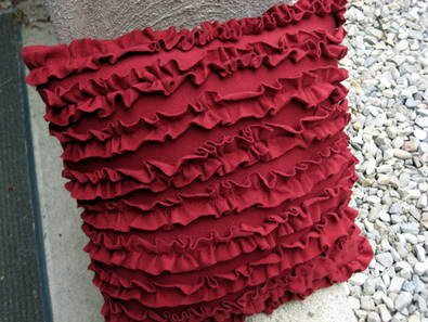 T-shirt Ruffle Pillow