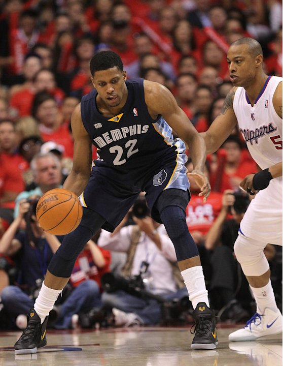 Rudy Gay #22 Of The Memphis Grizzlies Controls Getty Images