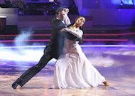 VIDEO-Revive el foxtrot de William Levy en DWTS