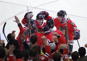 Blackhawks clinch playoff spot with win over Preds