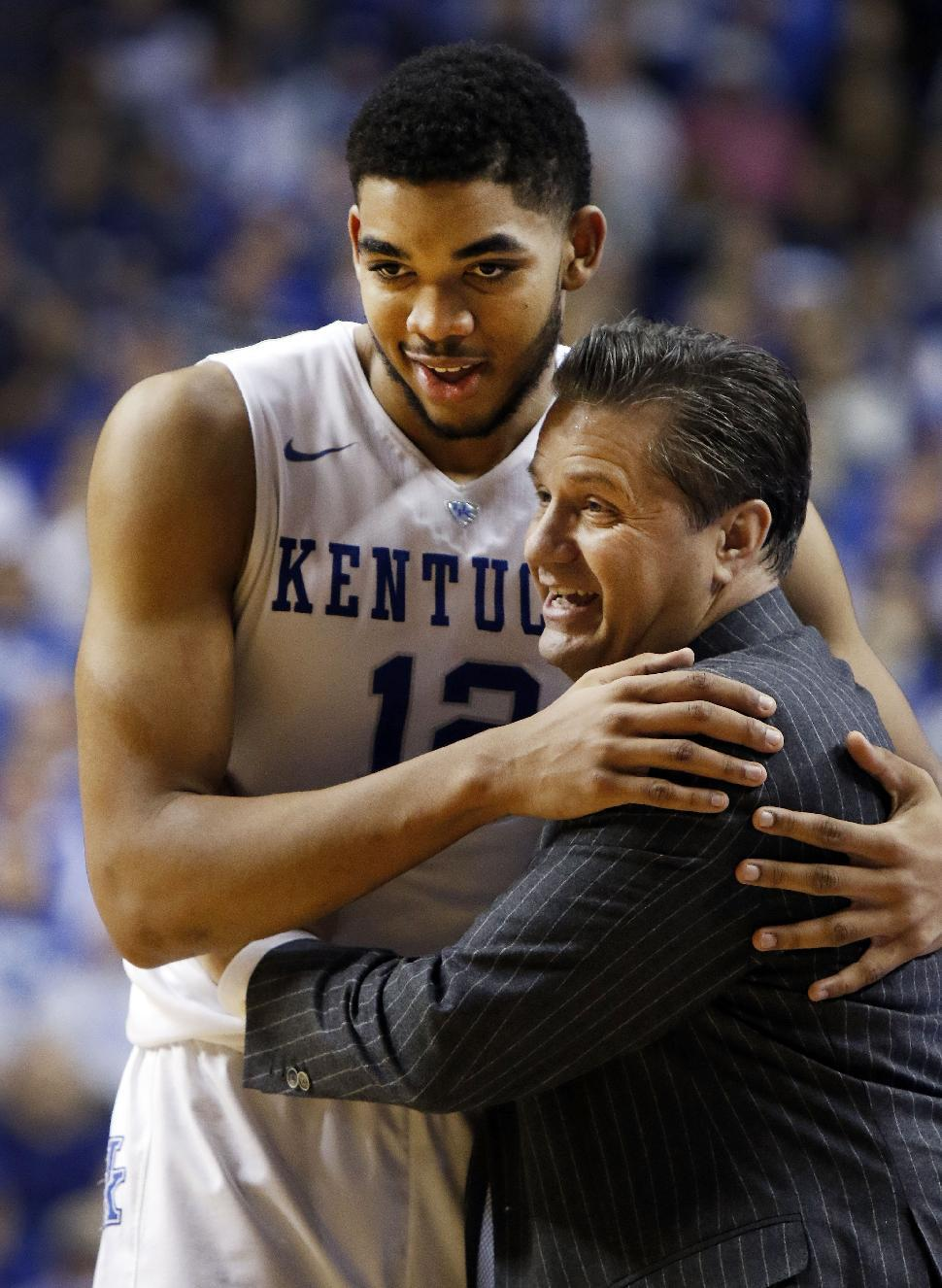 Karl-Anthony Towns plans to earn Kentucky degree online while in NBA