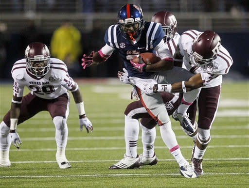 Texas A&M rallies to beat Mississippi 30-27