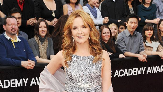 2012 Oscar Arrivals Lea Thompson