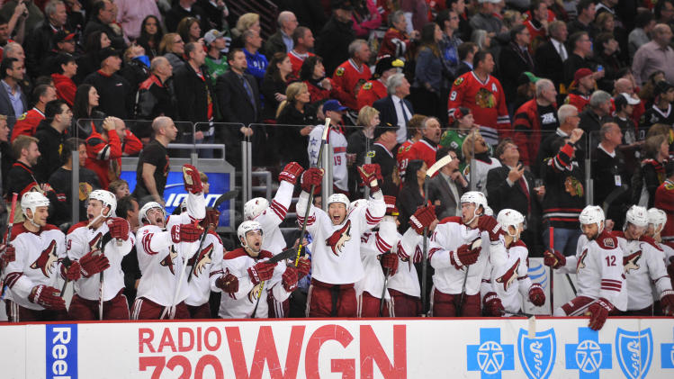 NHL: Phoenix Coyotes at Chicago Blackhawks