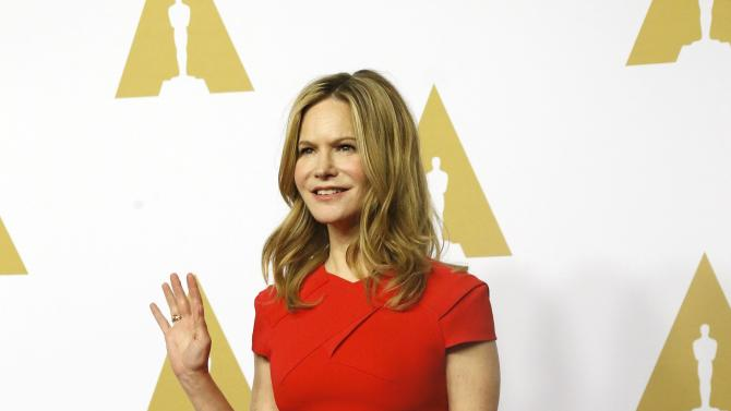 Jennifer Jason Leigh arrives at the 88th Academy Awards nominees luncheon in Beverly Hills