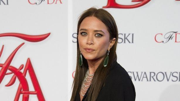 Mary-Kate Olsen Frowned