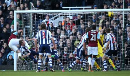 Soccer - Barclays Premier League - West Ham United v West Bromwich Albion - Upton Park