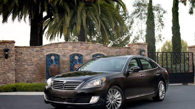 This undated photo made available by Hyundai shows the 2014 Hyundai Equus. (AP Photo/Hyundai)