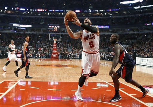 Bulls shut down Hawks in 97-58 rout