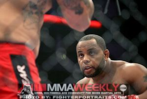 UFC on Fox 7 Results: Daniel Cormier Dictates Pace to Frank Mir to Win UFC Debut