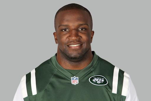 AP Source: Jets re-sign linebacker David Harris for 3 years