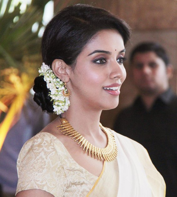 Riteish marries Genelia | Of course it\'s hard. It\'s supposed to be hard