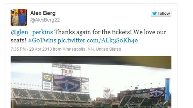 Baseball player arranges free tickets for fan scammed by tout
