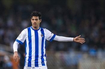 Real Sociedad says Liverpool hasn't made offer for Carlos Vela