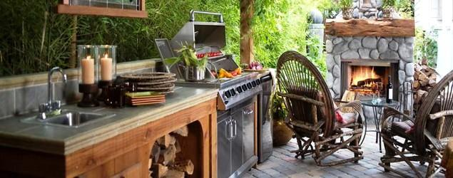 16 chic outdoor kitchens to inspire backyard envy