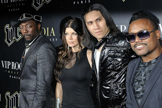 Fergie and The Black Eyed Peas will headline the 2011 NFL Super Bowl Halftime Show. NFL Super Bowl XLV will take place on February 6, 2011, at Cowboys Stadium in Arlington, Texas. Who are the Black Eyed Peas?