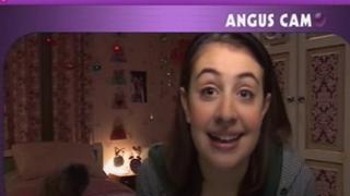 Angus, Thongs And Perfect Snogging: Intro