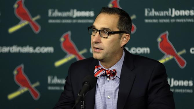GM on Peralta: Cardinals not 'morality police'