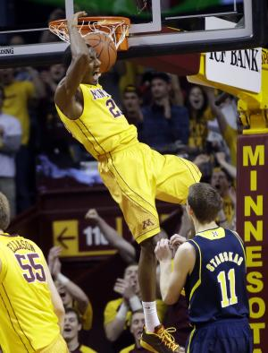 Michigan outlasts Minnesota in Big Ten opener