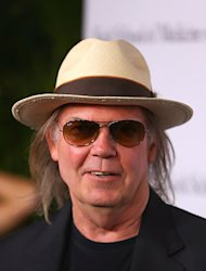 Neil Young Expands Pono Digital-to-Analog Music Service
