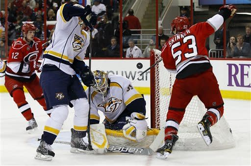 Allen's 1st goal lifts Hurricanes over Predators