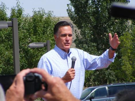 Mitt Romney Skirts Denver Again, Draws Overflow Crowd Dressed in Red, White and Blue