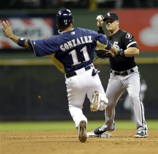 White Sox beat Brewers 7-2