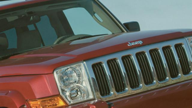 "Chrysler refuses to recall ""defective"" SUVs"