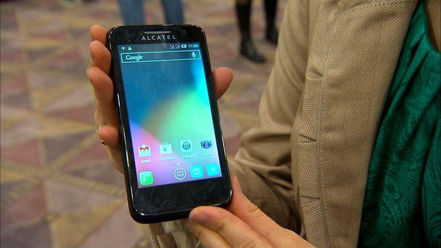 "Alcatel One Touch 'Pop"" phones keep it simple"