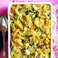 Creamy spinach and artichoke baked pasta
