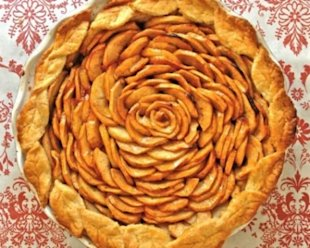 Apple Pie with Cheese Pie Crust