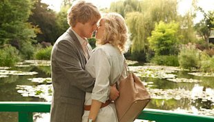 Woody Allen and Rachel McAdams get romantic in Paris (Yahoo! Photo)