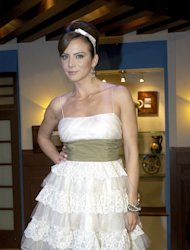 Silvia Navarro hace berrinche en su cumpleaos