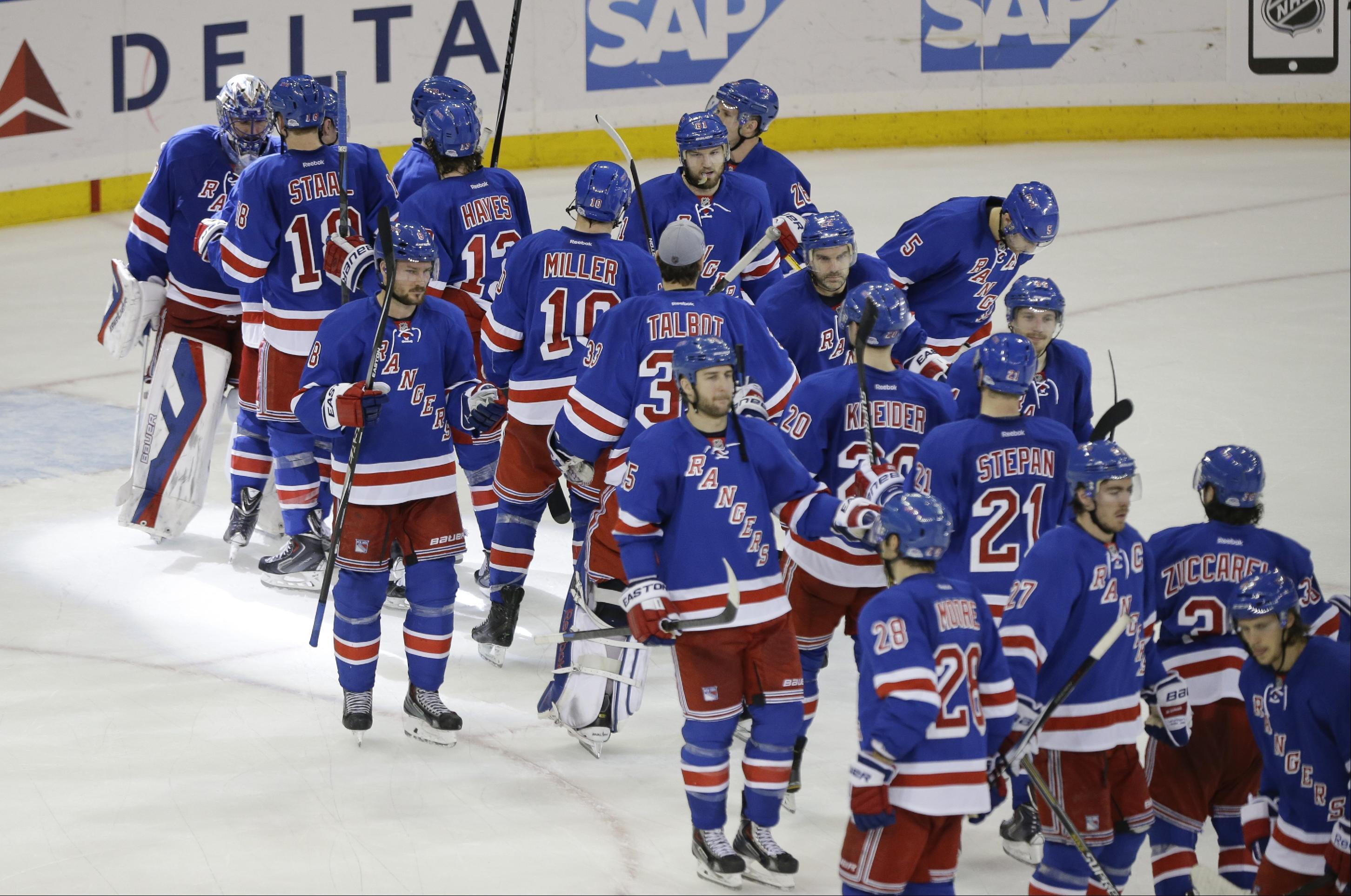 Rangers beat Capitals 4-2 for 7th straight win
