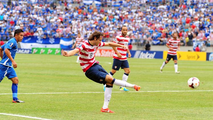 Soccer: Gold Cup-USA vs El Salvador