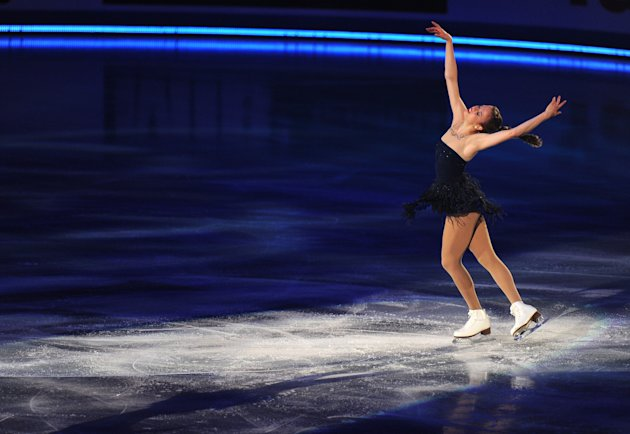 Carolina Kostner of Italy performs during the exhibition event in the World Team Trophy 2012 figure skating competition in Tokyo on April 22, 2012.   AFP PHOTO / TOSHIFUMI KITAMURA (Photo credit shoul