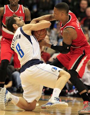 Mavs blow 30-point lead, rally past Blazers 103-98