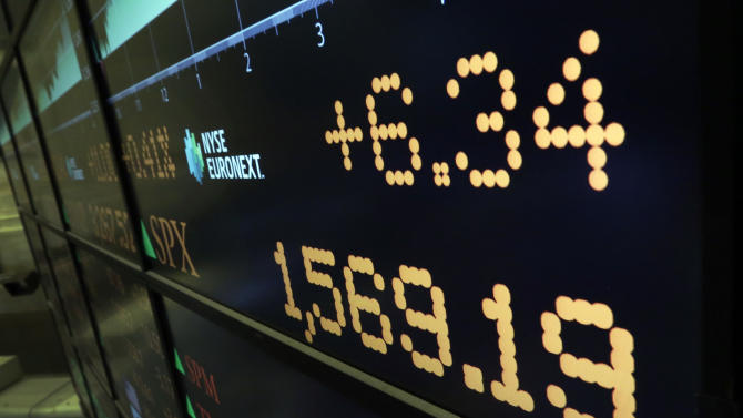 A board on the floor of the New York Stock Exchange, Thursday, March 28, 2013, shows the closing number for the S&P 500 index.. The Standard & Poor's 500 index closed at a record high Thursday, beating the mark it set in October 2007. The S&P rose six points to 1,569, a gain of 0.4 percent, beating its previous record by four points. The index is still shy of its all-time trading high of 1,576. (AP Photo/Richard Drew)