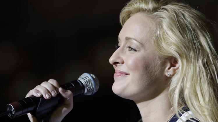 Country Singer Mindy McCready