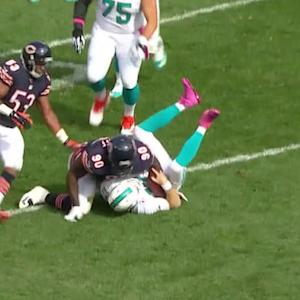 Chicago Bears nose tackle Jeremiah Ratliff picks up third sack of the 1st half