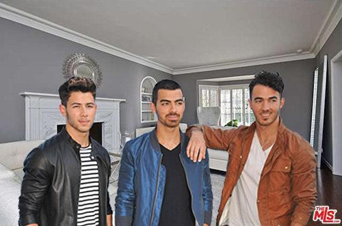 What It Sold For: Jonas Brothers' Family Home in Toluca Lake Sells for $1.8M