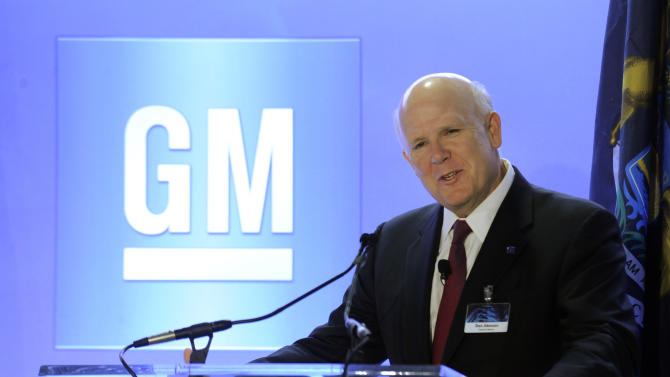 CAPTION INFORMATION :  General Motors Chairman and CEO Dan Akerson holds a press conference at the GM Warren Tech Center in Warren, Mich., on May 13, 2013.   Akerson, GM Chief Information Officer Randy Mott and Michigan Govenor Rick Snyder were at the press conference concerning GM  information technology (Daniel Mears / The Detroit News)  (AP Photo/Detroit News, Daniel Mears)  DETROIT FREE PRESS OUT; HUFFINGTON POST OUT